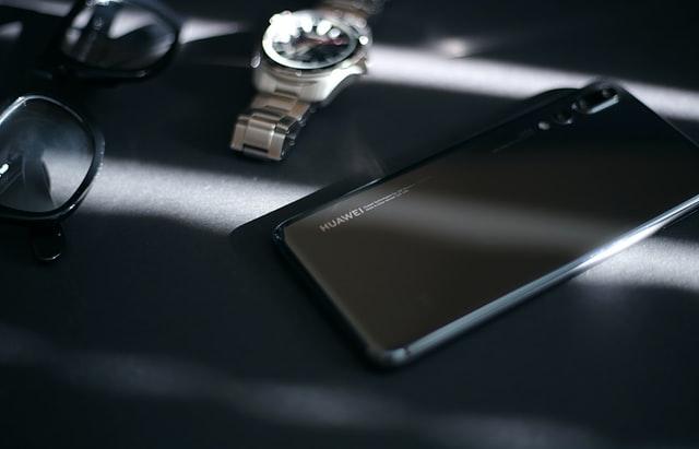 Laga Huawei mobil